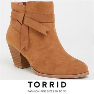 TORRID BROWN FAUX SUEDE STACKED BOOTIE